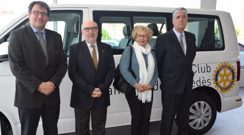 El Rotary Club Vilafranca ha lliurat a El Turó una furgoneta adaptada