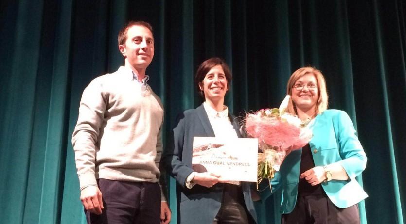 La poeta vilafranquina Anna Gual ha guanyat dos premis pels poemaris 'Molsa' i 'El tubercle'