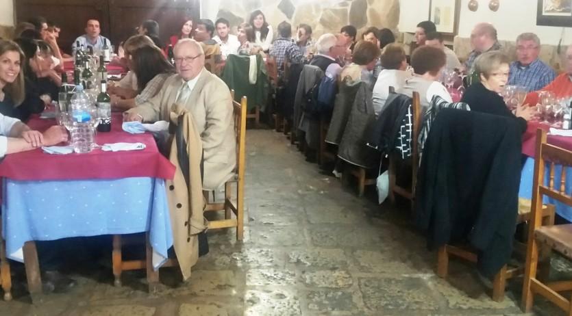 Record a Ramon Batlle i Salvador Duran en el sopar de regidors i  exregidors d'Olèrdola