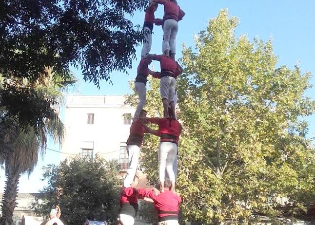 Els Xicots de Vilafranca ultimen el seu assalt al castell de nou per Festa Major