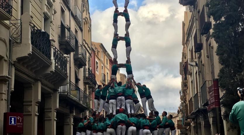 Els Castellers de Vilafranca estrenen plaça de gamma extra a casa per Sant Miquel