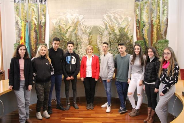 Els alumnes dels Programes de Formació i inserció PFI de Sant Sadurní visiten l'Ajuntament