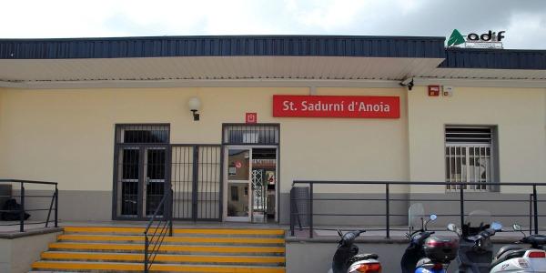 Les obres de millora de l'estació de rodalies a Sant Sadurní s'endarrereixen una vegada més