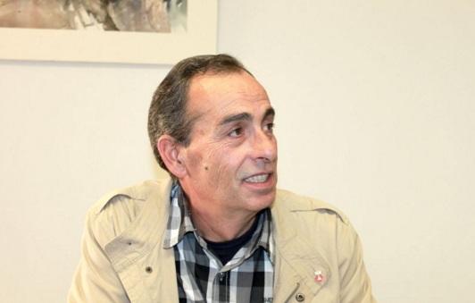 El regidor no adscrit Manel Romanos explica el seu desacord amb l'equip de govern de Sant Martí