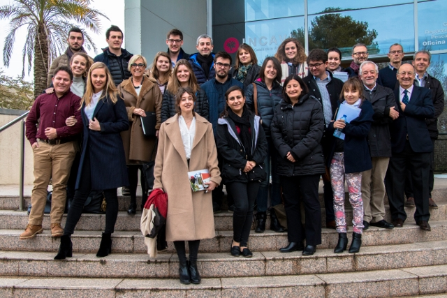 Estudiants del màster de l'Organització Internacional de la Vinya visiten cellers del Penedès