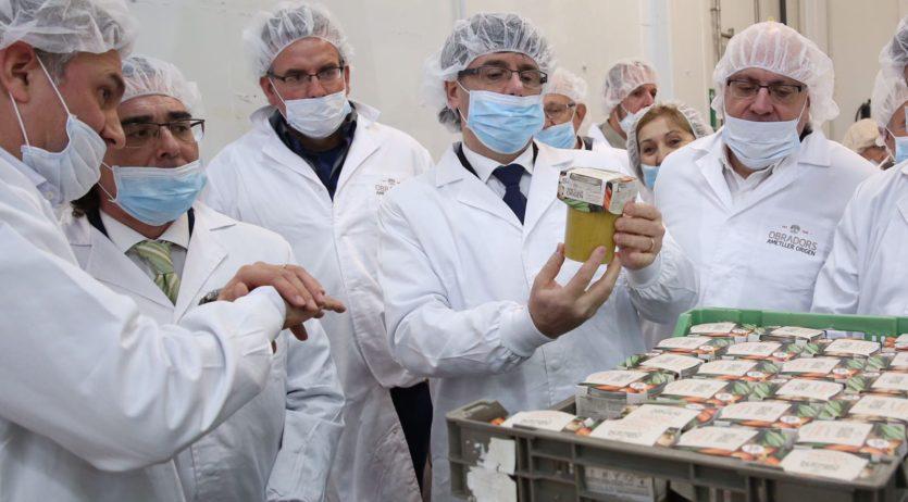 El President Puigdemont i el Conseller Baiget visiten la seu central del Grup Ametller Origen