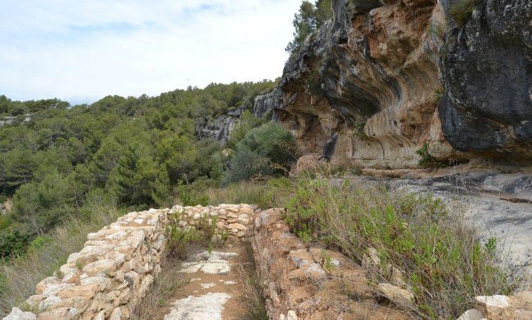S'organitza una visita guiada a les coves de la Vall i als forns de calç de Can Castellví