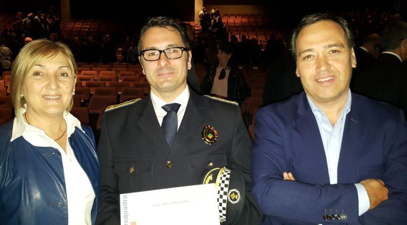 Els Mossos d'Esquadra feliciten el cap de la Policia Local de Sant Sadurní, Daniel Corral