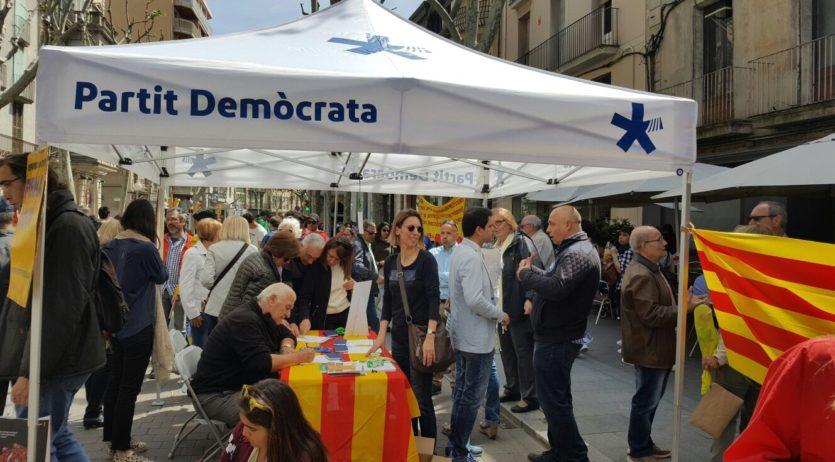 El PDeCAT del Penedès present al territori durant la diada de Sant Jordi