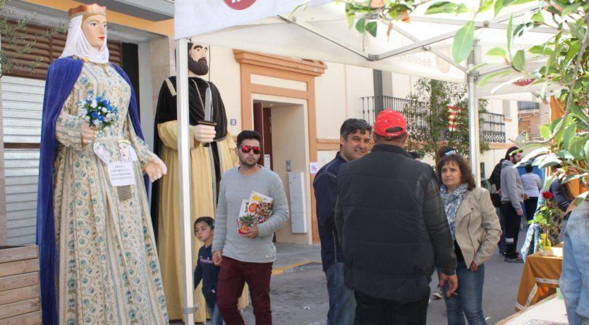 Aquest dissabte segon mercat de Sant Jordi i fira d'entitats de Sant Martí Sarroca