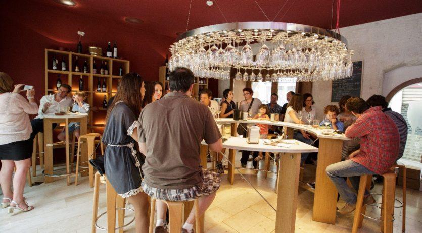 L'Acadèmia Tastavins Penedès liderarà la nova etapa de la Taverna de VINSEUM