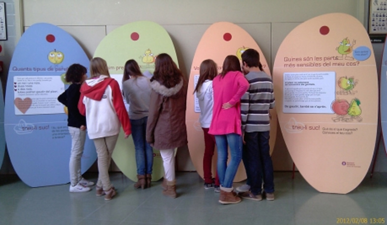 """L'exposició """"Treu-li suc a la sexualitat"""" arriba a Sant Martí Sarroca"""
