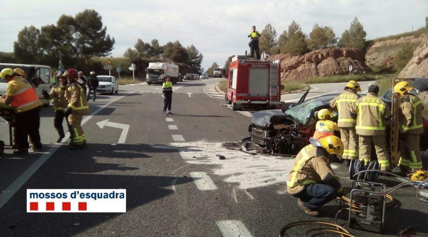 Detingut vilafranquí per causar un accident frontal i donar positiu en alcohol i drogues