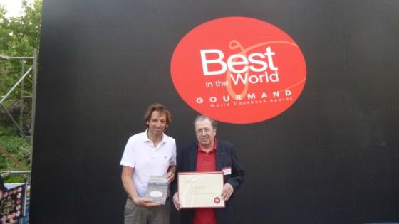Santi Borrell ha guanyat el Premi al Millor Llibre del Món en la categoria d'Història del Vi