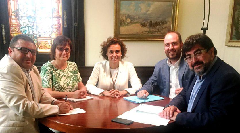 Els municipis afectats pel pas de la N-340 es reuneixen amb la ministra Dolors Montserrat