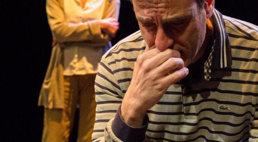 """""""4 minuts, 12 segons"""" reflexiona sobre l'educació i les xarxes socials, al teatre Cal Bolet"""