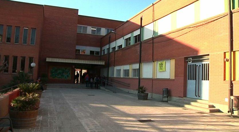 Un estudiant d'ESO de l'IES Alt Penedès ha mort a causa d'un accident al centre