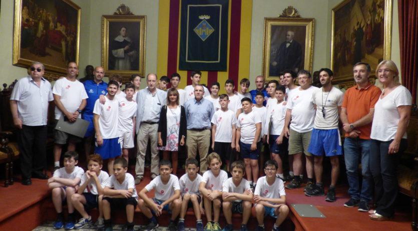 Rebuda a una escola d'hoquei d'Israel que assisteix al Campus del Club Patí Vilafranca