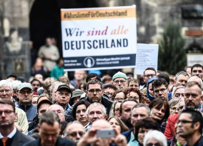 L'onada de feixisme que amenaça Europa…