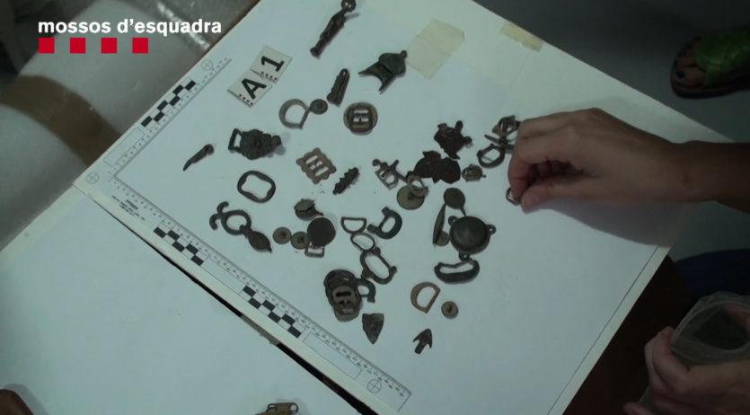 Detingudes 3 persones per espoli en jaciments arqueològics de l'Alt i el Baix Penedès