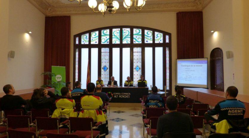S'ha celebrat una jornada sobre la normativa del taxi a l'àrea conjunta de l'Alt Penedès