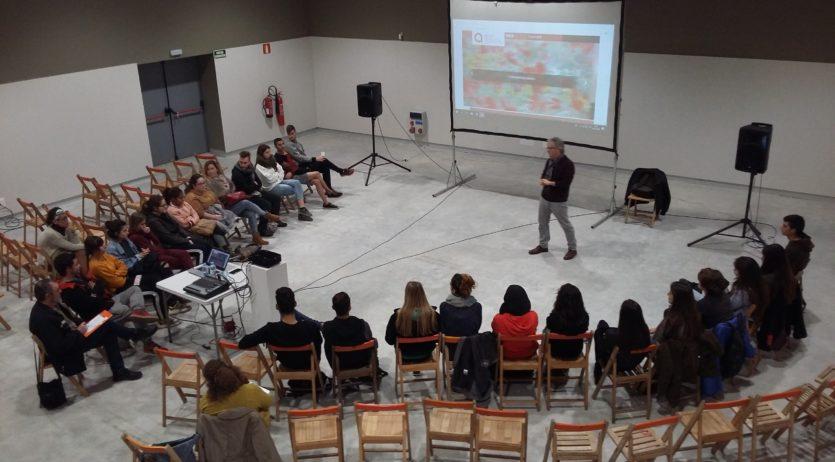 S'ha fet una xerrada informativa sobre lleure educatiu i sociocultural al nou espai per a joves