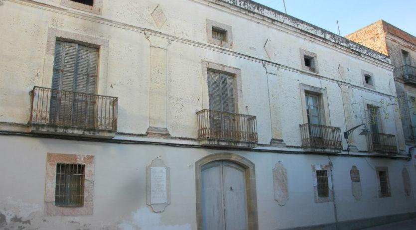 L'Ajuntament de Sant Sadurní ha signat aquest dilluns la compra de Can Guineu