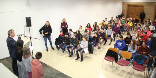 Alumnes del Sant Josep s'introdueixen al món de l'emprenedoria simulant una cooperativa