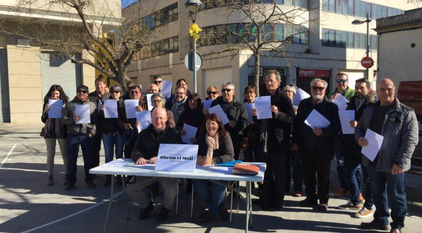 Veïns del Molí d'en Rovira creen una plataforma per aturar la modificació del carrer Comerç