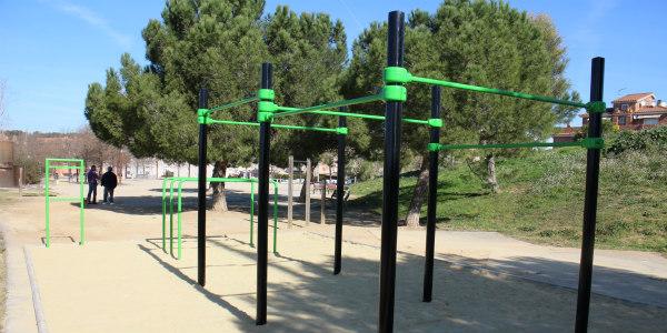 Finalitza la instal·lació de l'Street Work Out al parc Lluís Companys de Sant Sadurní