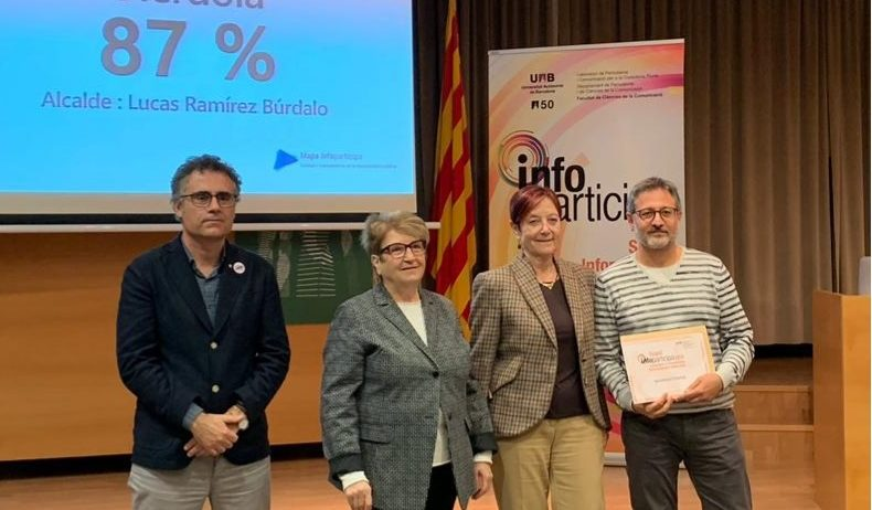 La UAB lliura a l'Ajuntament d'Olèrdola el segell InfoParticipa 2018