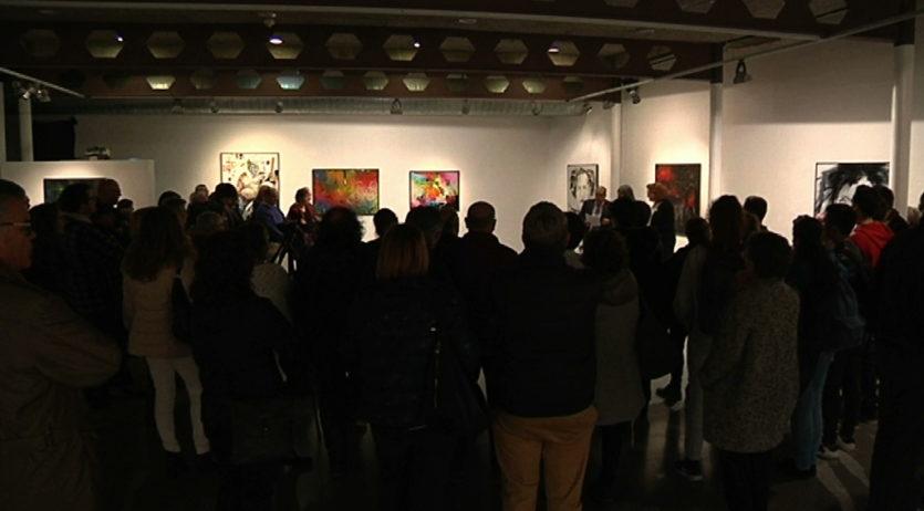 Neus Villar-Gortàzar presenta «Pintant la vida» a la sala dels Trinitaris