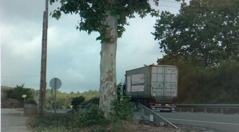 Els Mossos han denunciat un camioner per circular amb excés de velocitat i sense ITV