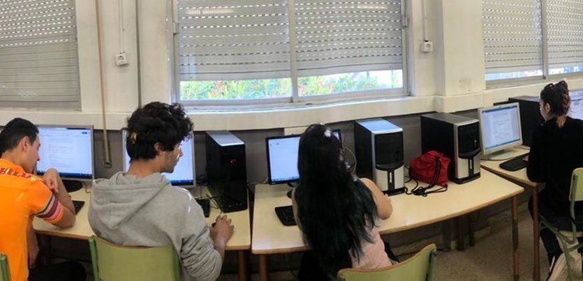 Més de la meitat de l'alumnat del PFI–PTT de Vilafranca pot retornar al sistema educatiu reglat