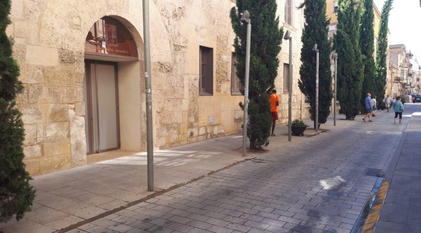 Dilluns ja es tallarà el trànsit al c/Sant Pere per facilitar l'accés al col·legi Sant Josep
