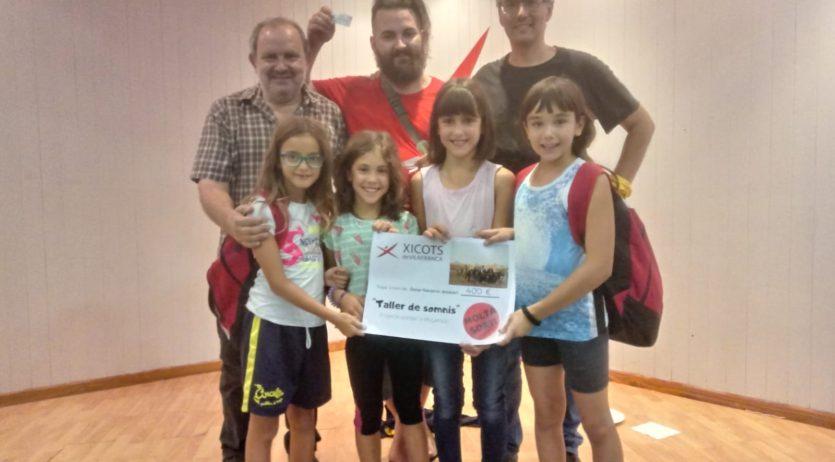 """Els Xicots recullen 700 euros per al projecte solidari del pallasso """"Anskari"""" i per Ampert"""