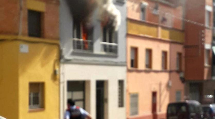 S'ha produït un incendi en un habitatge familiar del carrer Tarragona de Sant Sadurní