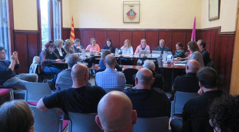 Els Monjos aprova una moció rebutjant la violència, però no la de resposta a la sentència
