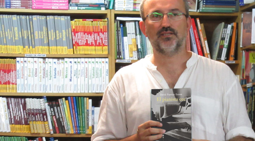 "Dissabte es presenta de la primera novel·la de David Puertas ""El pianista cec"" a l'Agrícol"