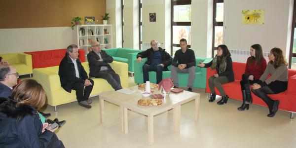 El conseller d'Educació ha visitat l'institut Jacint Verdaguer en una visita territorial