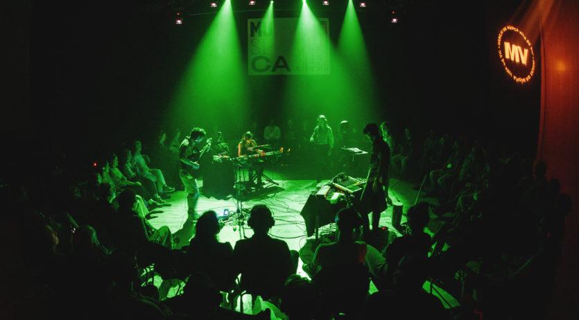 Nico Roig presenta una experiència auditiva en el primer concert del Barnasants al Penedès