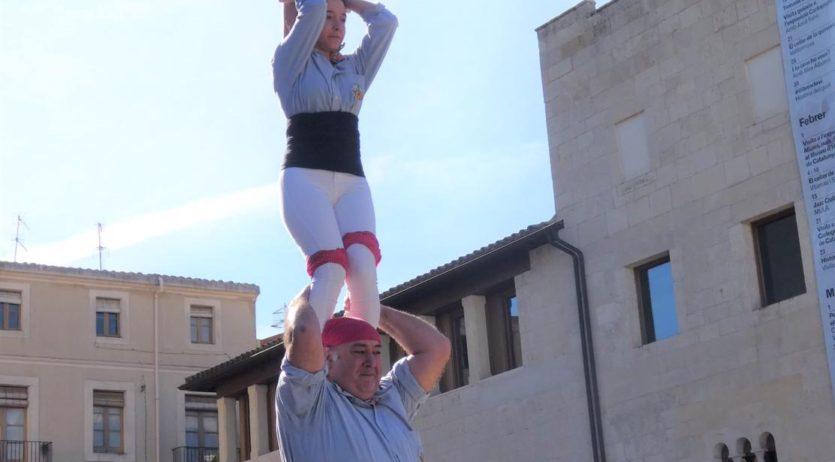 La Jove de Vilafranca ha participat en la diada castellera Dones Amunt de Torredembarra