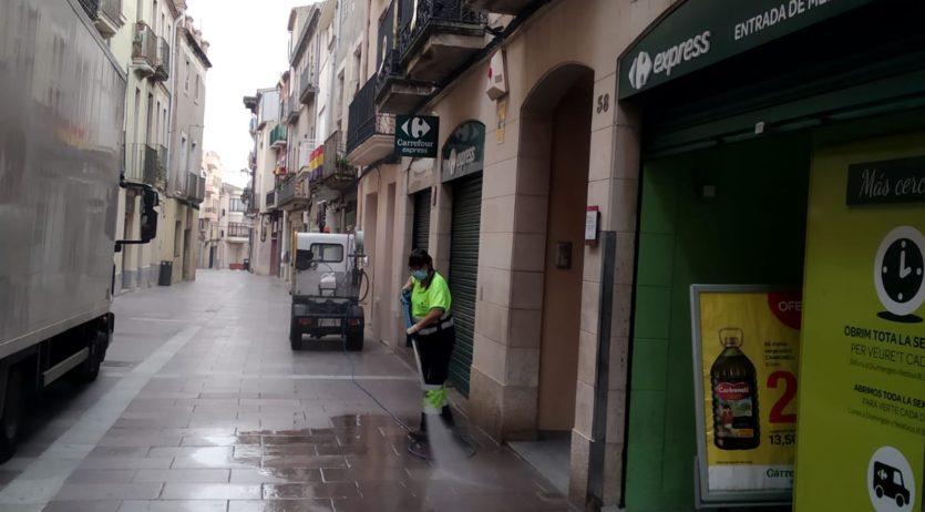 L'Ajuntament continua la desinfecció dels carrers de Vilafranca
