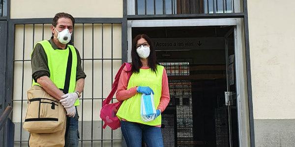 L'Ajuntament de Sant Sadurní reparteix  mascaretes al transport públic