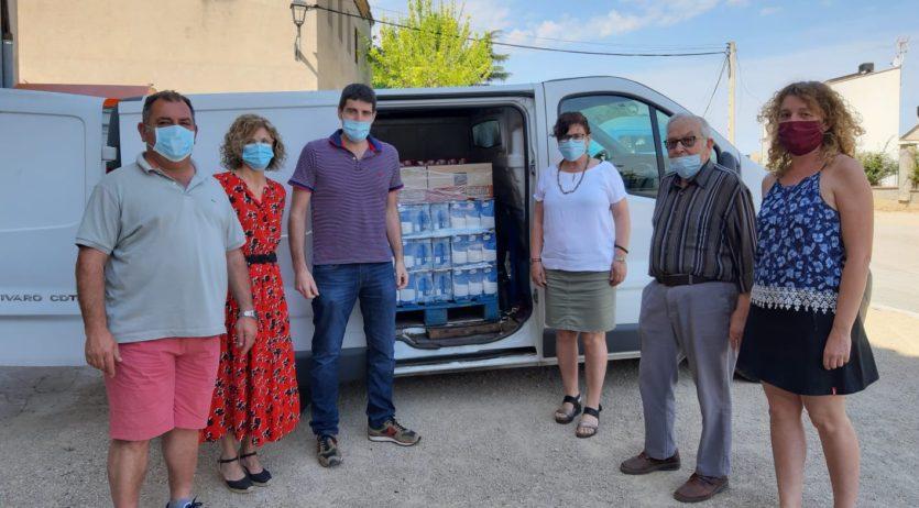 L'Entesa de la Granada dóna més de 1.000 euros amb aliments a Càritas