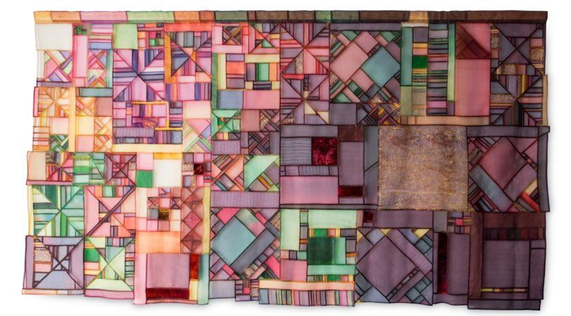 Cecília i Mercè González presenten l'exposició 'Tast Tèxtil' a la Sala dels Trinitaris
