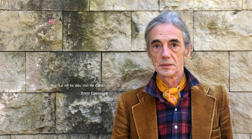 L'exposició fotogràfica 'L'atzar és breu', de Toni Moreno, arriba al claustre de Sant Francesc