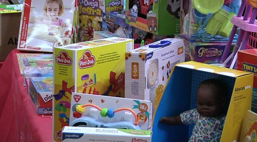 La Creu Roja dona el tret de sortida a la campanya de joguines 2020: 'Cap infant sense joguina'