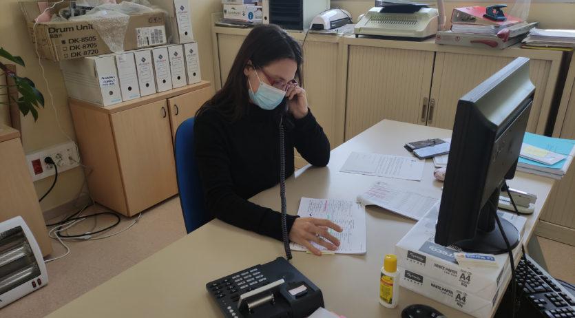 Torrelles posa en marxa el servei 'Bon dia' adreçat a la gent gran que  viu sola
