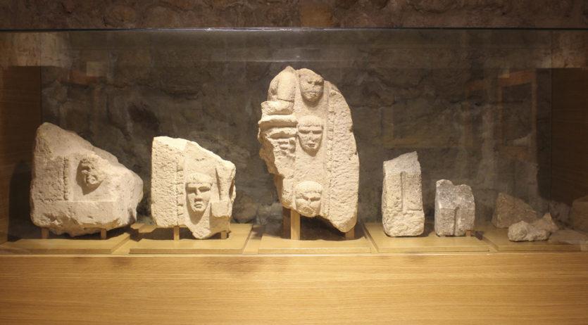 L'Ajuntament de Sant Martí cedeix el monument funerari iber al Museu d'Arqueologia de Catalunya